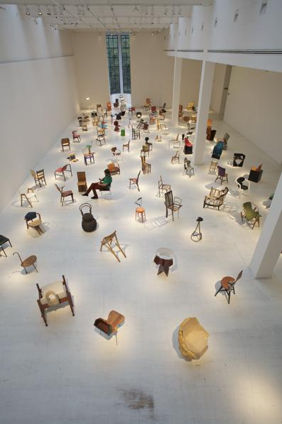 100chairs2