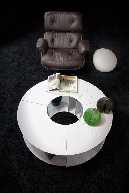 ilias_fragkakis_pie_table_black_carpet_circle