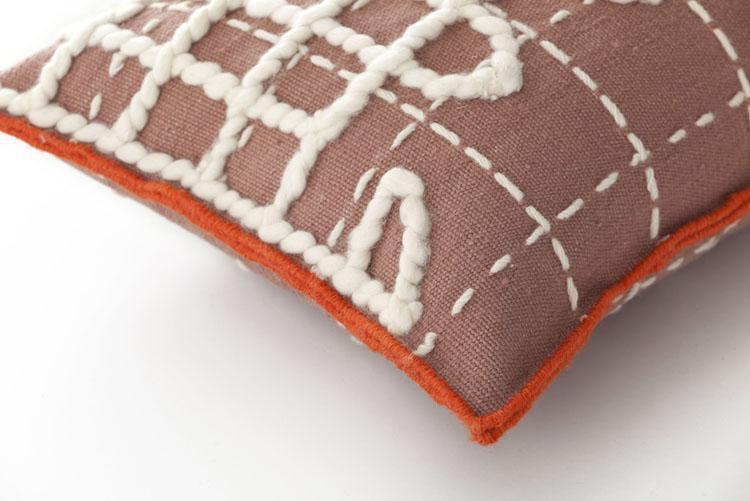 cushion_detail_A_pink