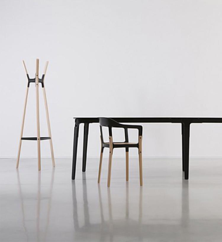 steelwood-coat-stand-ronan-erwan-bouroullec-magis-2