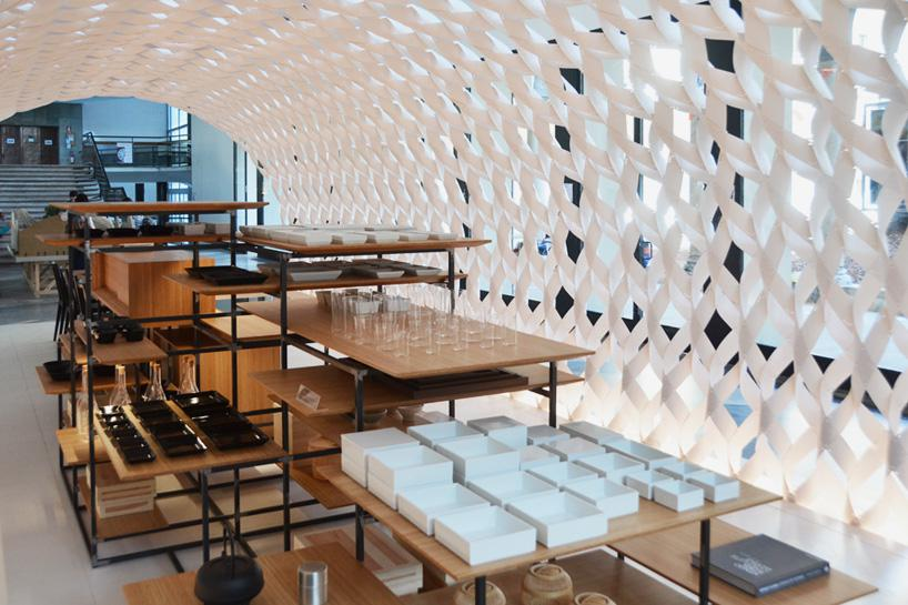 kengo-kuma-irori-kitchenhouse-milan-design-week-designboom-03
